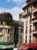 Maisons et clocher, Rue du Lac