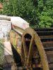 Vieille roue à eau