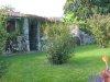 Entrée d'un jardin ancestral, au bord du parc qui longe le lac