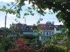 Les toits de la ville, séparée du parc par de magnifiques jardins
