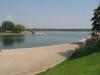 Le lac, de la rue du Port
