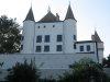 Vue de la place sous le château (ruelle de la Poterne)