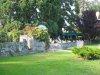 Terrasse de café, dans un vieux jardin