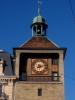 Vers 1680, on ajouta une horloge à la Tour de l'ìle, donjon de l'ancien château.